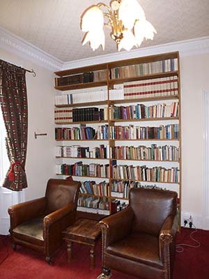 fitted_bookcase