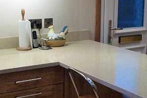 pale-stone-worktop